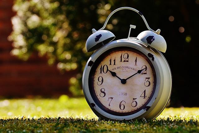 clock-1295034_640